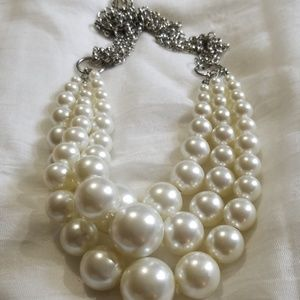 Faux pearl silvertone necklace